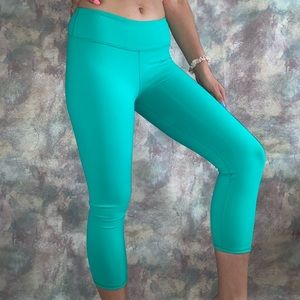 Sea green cropped leggings